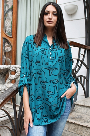 Ефектна дамска блуза на лица с издължена задна част 9132