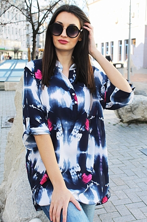 Стилна дамска блуза на цветни мотиви с къси ръкави 9035