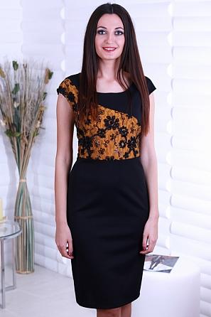 Луксозна рокля с красива дантела с пайети в предната част 8711