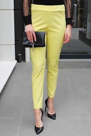 Едноцветен еластичен панталон с ластик 9015