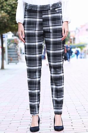 Елегантен еластичен дамски панталон на карета 8557