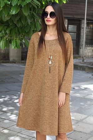 Стилна едноцветна дамска рокля с подарък аксесоар 8823