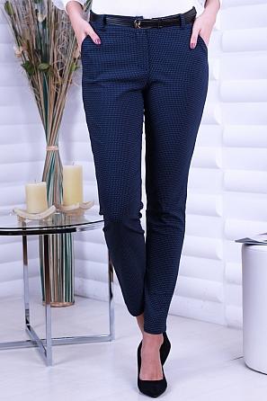 Еластичен дамски панталон на точки 8705