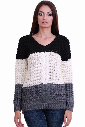 Интересен трицветен дамски пуловер с едра плетка 8203