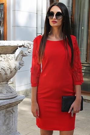 Елегантна дамска рокля с ефектни дантелени 3D ръкави 8814