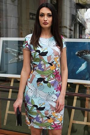 Стилна рокля с флорални мотиви и къси ръкави 9071