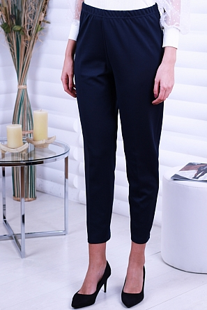 Стилен едноцветен дамски панталон 8706