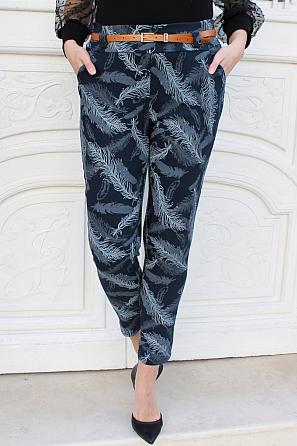 Стилен еластичен дамски панталон на пера 9011
