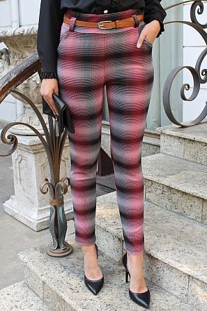 Еластичен дамски панталон на преливащи карета 9109
