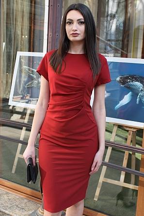 Елегантна рокля с набор отпред и къси ръкави 9073