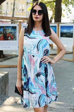Елегантна солей рокля на цветни мотиви 9064