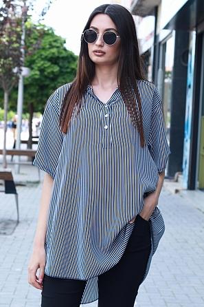 Ежедневна блуза на ситно райе с къс ръкав 87471