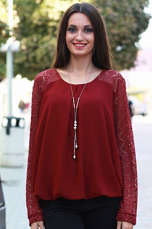Елегантна шифонена дамска блуза с дантелени ръкави 8572