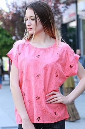 Стилна памучна блуза с шевици и пайети на рамената 8423