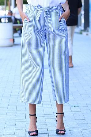 Модерен летен дамски свободен панталон на средни райета 84512
