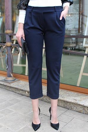 Стилен едноцветен дамски панталон с 9/8 дължина 9008