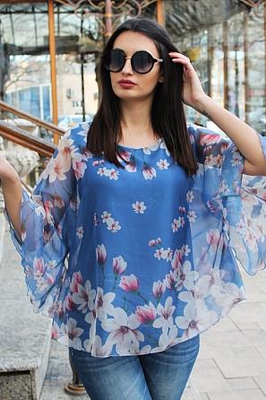 Шифонена блуза на цветя с ефектен ръкав 9038