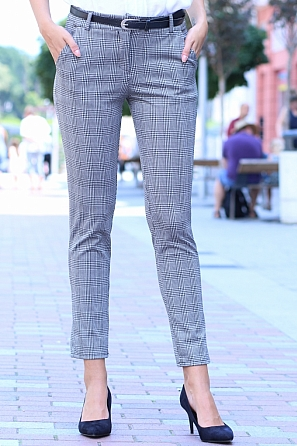 Дамски панталон каре с подарък колан 8507
