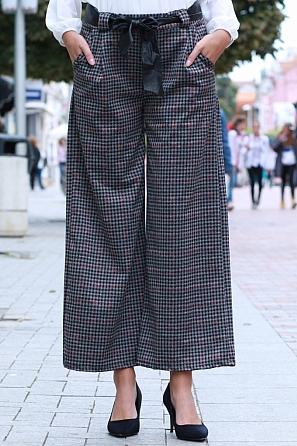 Модерен дамски свободен панталон каре с панделка 85581