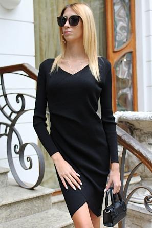 Елегантна дамска рокля фино плетиво с набор в талията 8514