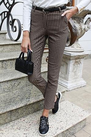 Стилен дамски панталон на дребни карета 9103