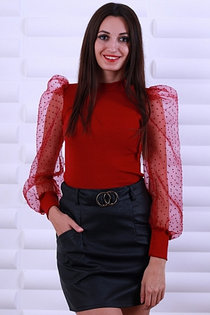 Елегантна дамска блуза с буфан ръкави 8614