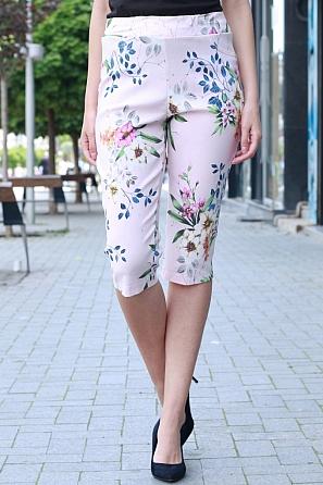 Еластичен 3/4 панталон с ластик и флорални мотиви 8404