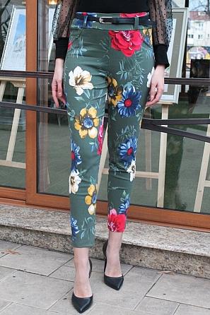 Еластичен дамски панталон на флорални мотиви 9007