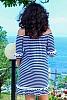 Памучна рокля на едри райета и пискюли