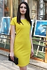 Едноцветна рокля с къси ръкави