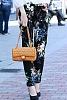 Стилна дамска чанта с перлен акцент